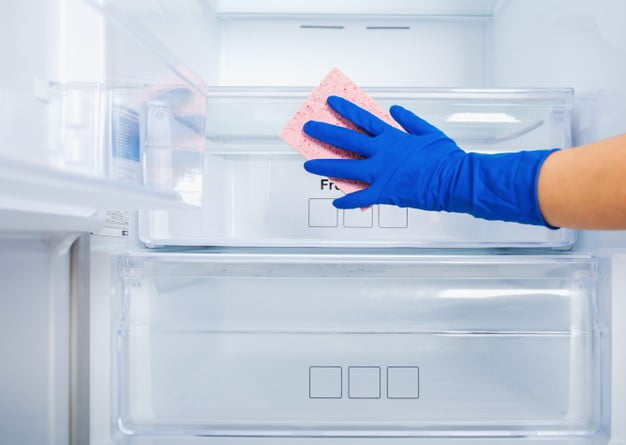 Controlling Odour In Your Walk-in Refrigerator Or Freezer